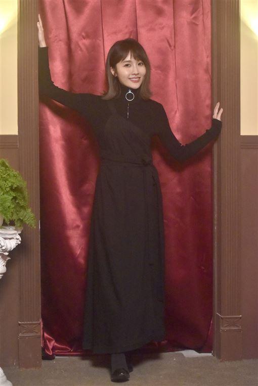 張若凡「已經結束的」MV照片提供:浪LIVE