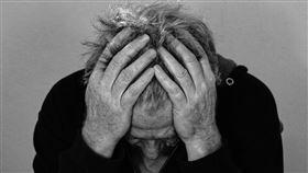 頭痛,頭暈   圖/pixabay