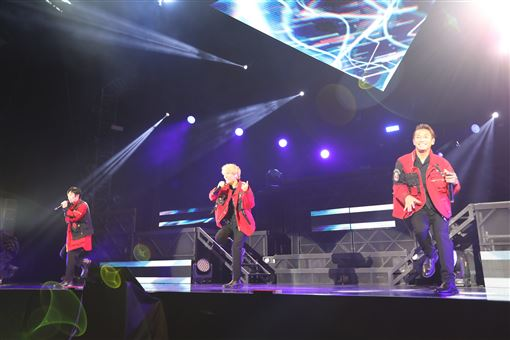 w-inds. G MUSIC提供