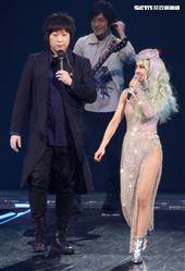 五月天擔任蔡依林「Ugly Beauty」台北站最終場嘉賓。(圖/記者林聖凱攝影)