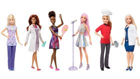 玩具芭比娃娃2019年夏天推出反映女性職場多元面貌的科學家形象系列,這創意來源來自被封為「林冠女王」的美國森林生態學家納德卡尼。(圖取自facebook.com/BarbieFansTaiwan)