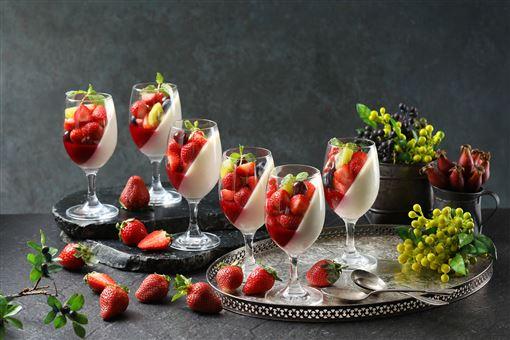 ▲「莓好食光」草莓甜點(圖/50樓Café提供)
