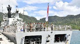 佐科威登軍艦宣示主權
