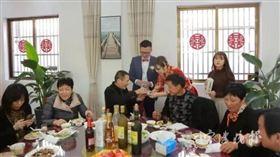 中國,富二代,結婚,捐錢(圖/翻攝自寧波晚報)