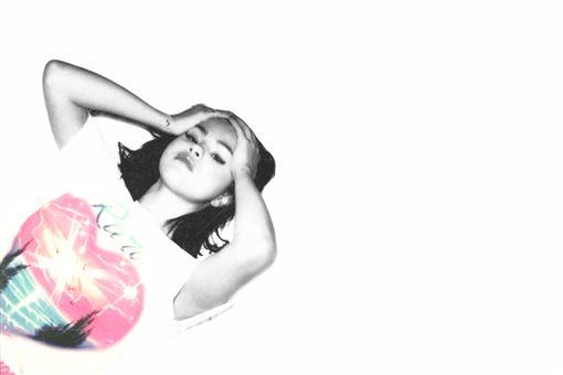 流行天后席琳娜走出情傷 粉絲力挺發新輯秒衝冠軍 好友泰勒絲暖心喊話:一切都沒事 環球唱片提供 翻攝IG