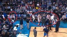 NBA/慘敗老東家…威少惆悵耍孤僻 NBA,休士頓火箭,Russell Westbrook,奧克拉荷馬雷霆 翻攝自推特