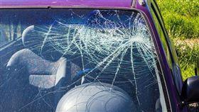 車禍,意外,撞車,擋風玻璃(圖/翻攝自PIXABAY