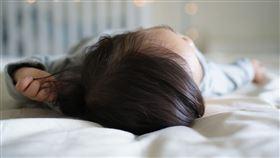 嬰兒床 寶寶(示意圖/翻攝自pixabay)