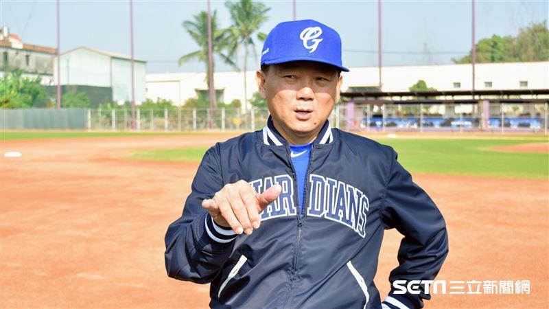 富邦悍將同意 洪一中接任6搶1台灣總教練