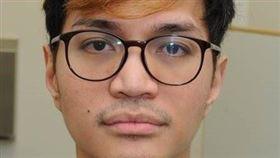 印尼一名男博士生雷納德(圖)上週在英國被判終身監禁,他性侵超過百名受害人,多數是男性。這起事件震撼印尼,有媒體13日揭露他小時候因較女性化曾遭霸凌。(圖取自大曼徹斯特警察局網頁gmp.police.uk)