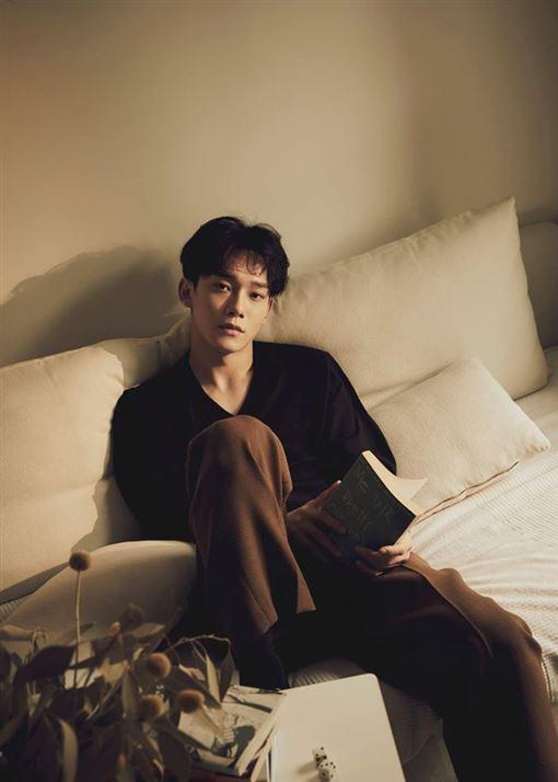 EXO CHEN 臉書