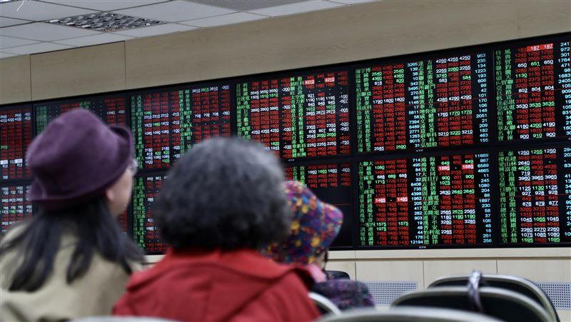 三大法人買超台股53.66億元