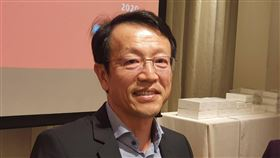 台灣5G元年 Sony迎旗艦手機換機潮台灣進入5G元年,Sony Mobile總經理林志遠看好5G旗艦動能,今年目標在Android旗艦手機搶下23%市占,年成長率上看50%。中央社記者江明晏攝  109年1月14日