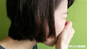 流感,咳嗽,感冒,過敏,肺結核,痰,流鼻水,氣喘(示意圖/記者楊晴雯攝)
