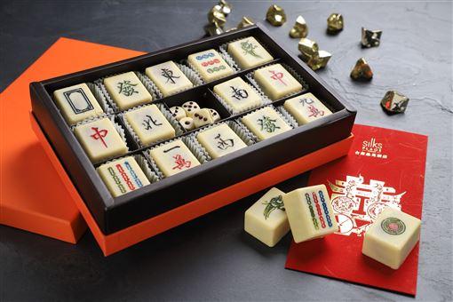 ▲新春禮盒及開運甜點(圖/台南晶英酒店提供)