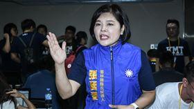 國民黨雲林縣長參選人張麗善遲到出席國民黨全代會。 (圖/記者林敬旻攝)