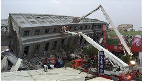 台南維冠金龍大樓2016年2月6日因強震倒塌,台南地院判決建商林明輝等5名被告及大合鑽探公司賠償7億元,全案可上訴。(中央社檔案照片)