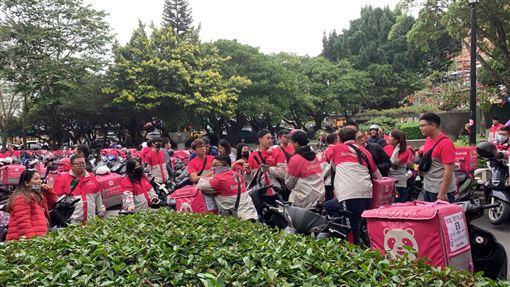 foodpanda,熊貓罷工。(圖/外送員提供)