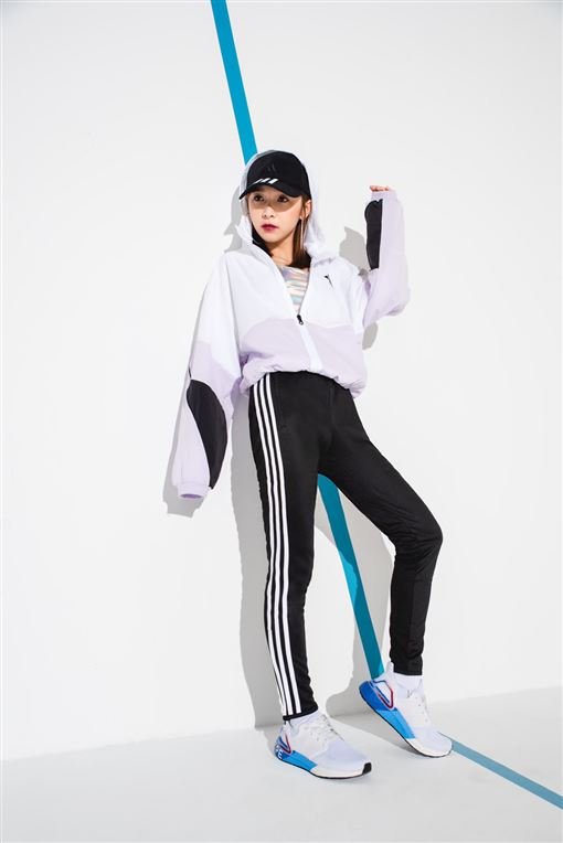 溫妮、許凱皓跨界響應 Ultraboost 20台北限定款火力應援(adidas提供)