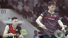 印尼羽球大師賽 李洋王齊麟晉級8強台灣羽球男雙李洋(右)和王齊麟(左)16日在印尼羽球大師賽險勝馬來西亞對手,拿下8強門票。中央社記者石秀娟雅加達攝 109年1月16日