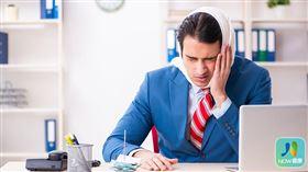 名家專用/NOW健康/1名中年男性工程師,不時出現顳顎關節疼痛和頭痛症狀,檢查發現是因為缺牙導致。(勿用)