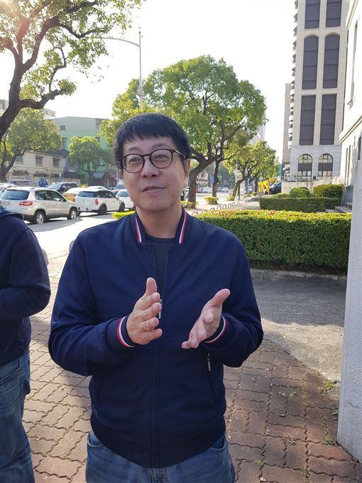 韓公投市府「財政困難」?尹立籲「請辭市長.捐補助款」