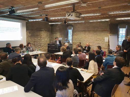 瑞士智庫討論台灣大選 吸引政學界出席瑞士民主基金會16日在伯恩舉辦台灣大選座談會,邀請歐美多位學者專家與談,現場吸引瑞士官員、國會議員、學者智庫等約50人出席。(駐瑞士代表處提供)中央社記者唐佩君布魯塞爾傳真 109年1月18日