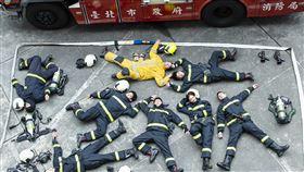 消防職人劇《火神的眼淚》在1月19日消防節當天公布演員消防訓練結訓成果,林柏宏,溫昇豪,陳庭妮(圖/公視提供)
