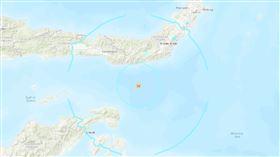 印尼蘇拉威西島近海規模6.1地震 尚未傳災損傷亡 圖翻攝自美國地質調查所 https://earthquake.usgs.gov/earthquakes/eventpage/us60007arp/map