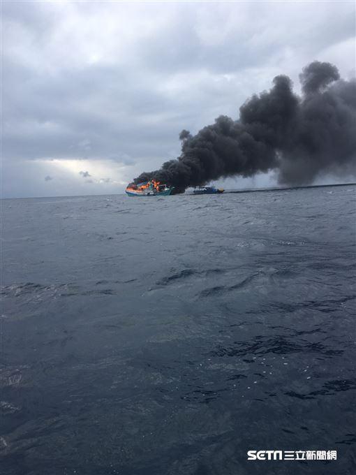 台東永泉3號火燒船