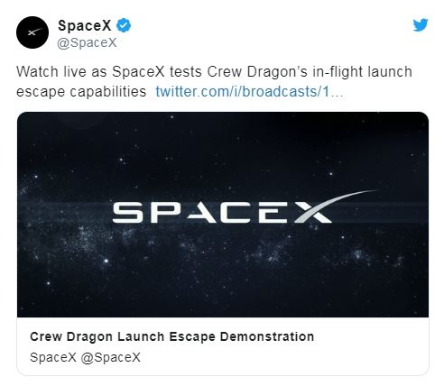 ▲美國太空探索科技公司(SpaceX)今天成功測試太空船的緊急逃生系統,最快今年第2季正式載人飛行。(圖/翻攝自SpaceX推特)