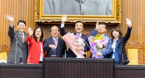立法院長蘇嘉全20日敲下最後一次議事槌。(圖/翻攝蘇嘉全臉書)