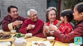 名家專用/NOW健康/尾牙、春節團聚和春酒,若連續放縱大吃,罹患大腸癌的風險恐怕會大幅上升。(勿用)