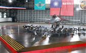 F16V(BLK20)戰機全載掛武器裝備。(記者邱榮吉/攝影)
