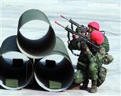 陸軍第四作戰區裝甲564旅戰備部隊官兵春節期間落實戰備整備,藉模擬反機降作戰「仿真實戰」場景,實施縮短距離「實兵對抗」演練,聯合防空作戰、戰場監偵、聯合火力打擊、戰車戰鬥隊攻擊、遠距狙殺、戰鬥隊形變換及火力追擊等課目,以顯示「聯合兵種營」獨立遂行聯合作戰能力。(記者邱榮吉/高雄拍攝)