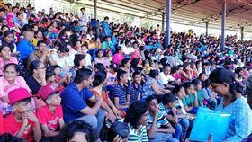 數以千計雙胞胎20日齊聚斯里蘭卡首都可倫坡一座體育館,欲打破台灣寫下的金氏世界紀錄。(圖取自facebook.com/Protect.GREEN)