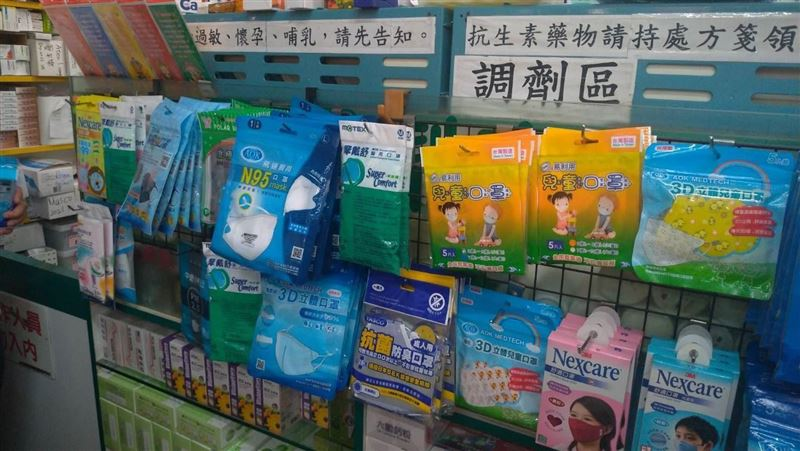 工程師確診趴趴走…ICU醫陳志金:一堆人跑藥局加買口罩