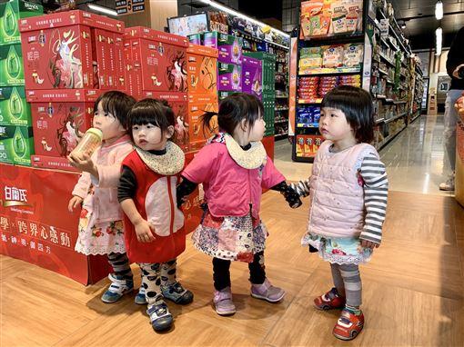 四胞胎,女嬰,女兒,母女(記者郭奕均攝影)
