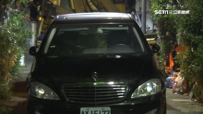 轎車撞討債騎士 沿路擦撞汽機車逃逸