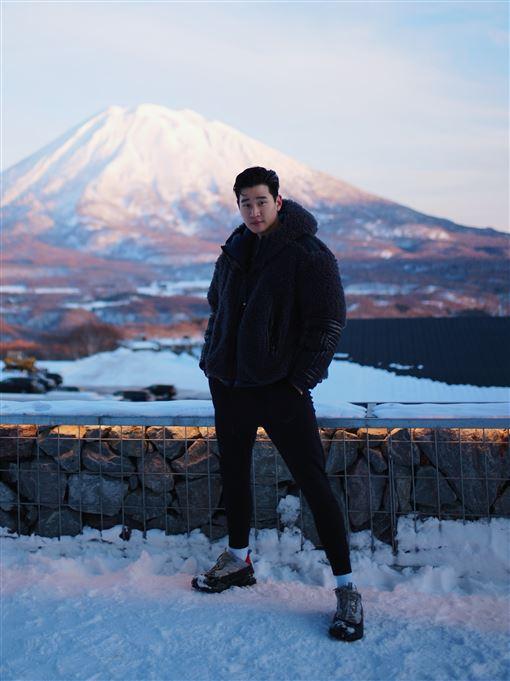 周興哲滑雪 照片提供:星空飛騰
