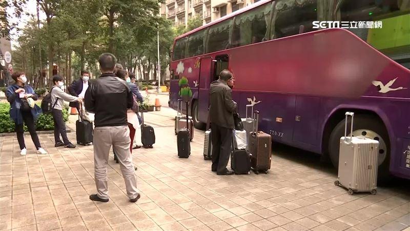 陸客確診武漢肺炎 全團下午離開台灣