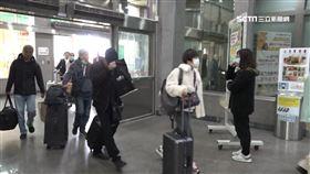 口罩,武漢肺炎,機場,旅客,飛機,旅客,行李,示意圖