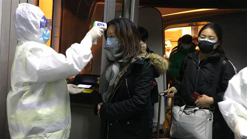 日機場見「武漢人偷吃退燒藥」 上海旅客怒舉報:別禍害人