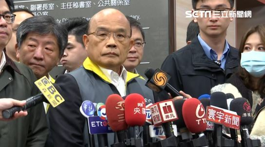 中國拒包機撤武漢台人 蘇揆說5個字