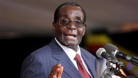 穆加比辭世 非洲萬年總統又少一人 (圖/翻攝自Robert Mugabe Proverbs臉書) https://www.facebook.com/RobertMugabeProverbs/photos/a.1682132122047841/1700237700237283/?type=1&theater