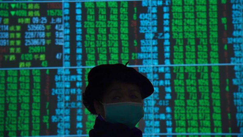 武漢肺炎疫情衝擊股匯市 新台幣重貶2.71角作收   財經   三立新聞