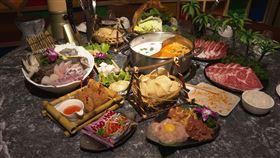 一秒到泰國 道地泰式鴛鴦火鍋在台北
