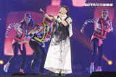 2020詹雅雯30周年巡迴演唱會攜手帶者詹爸爸演出。(圖/記者林士傑攝影)