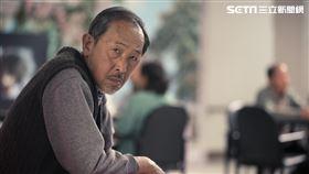 小戽斗、黃嘉千合演電影《老大人》(圖/威視電影提供)