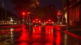 車燈(Pixabay)
